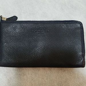 Coach clutch double zip wallet wristlet